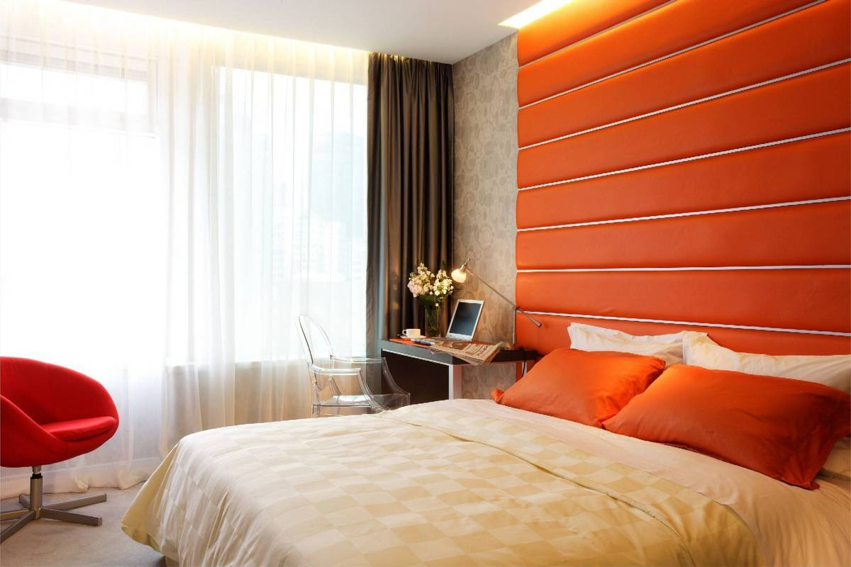 The Orange Room <br alt=